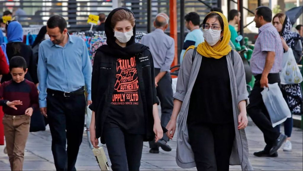 عدم رعایت پروتوکل های بهداشتی از سوی مردم ایران